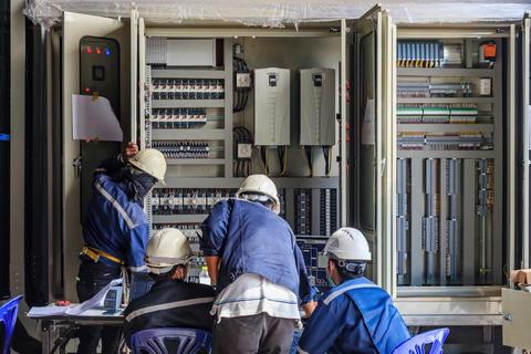 岡山市の200名規模の制御設計を行う製造会社A様にベトナム人技術者が採用されました。